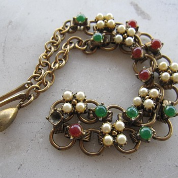 1950's choker w/pearls and cabs - Costume Jewelry