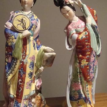 Ceramic figurines - Asian