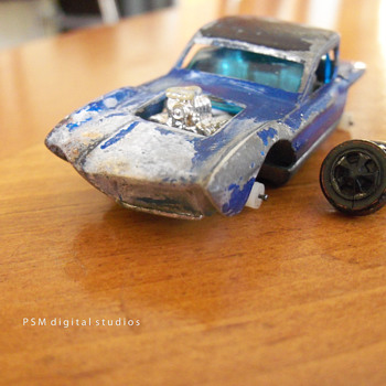 Mattel HotWheels Redline 1967 Python Restored - Model Cars
