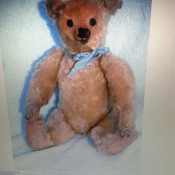 Antique bear. - Dolls