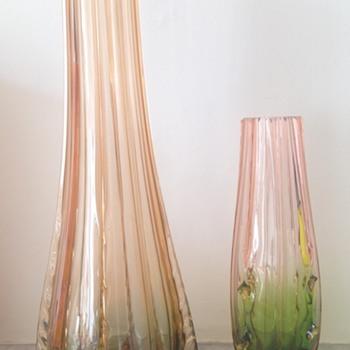 Rubina and rubina-verde vases - Art Glass