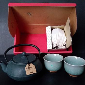 Roji tetsu kyusu and celadon yunomi tea set - Asian