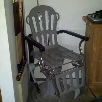 Koken Dentist Chair - Furniture