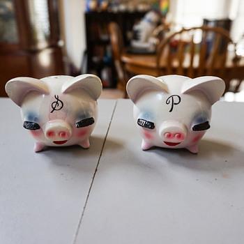 Piggy Salt & Pepper Shakers from Japan? - Kitchen