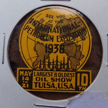 1938 International Petroleum Exposition  - Petroliana