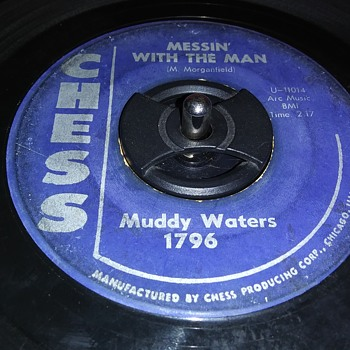 MUDDY WATERS - Records