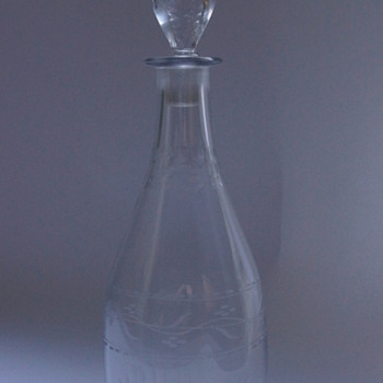 A Georgian Tapered Decanter - Art Glass