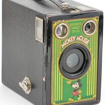 No.2A Mickey Mouse Target camera - Cameras