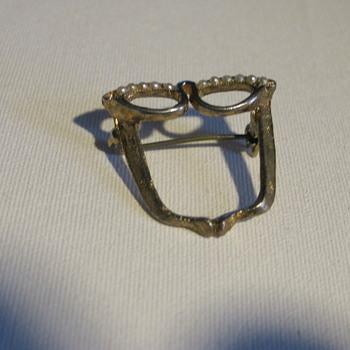 Cat's eye glasses pin  - Costume Jewelry