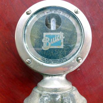Boyce Moto-Meter with Buick logo
