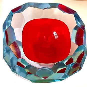 A favorite Murano Geode Bowl by Mandruzzato, ca. 1965-1970 - Art Glass