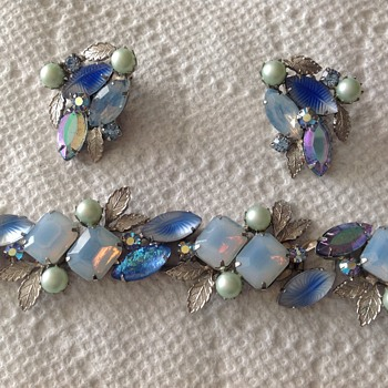 Bracelet and ear rings  - Costume Jewelry