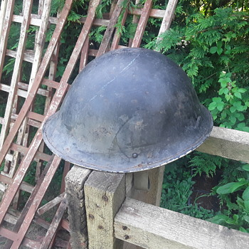 Milataria help please - Military and Wartime