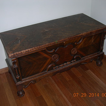 Old Walnut? Chest - Furniture