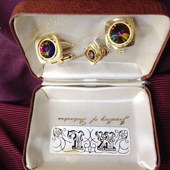 old? jewelry - Fine Jewelry