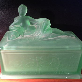 Art Deco Depression Dresser Box - Glassware