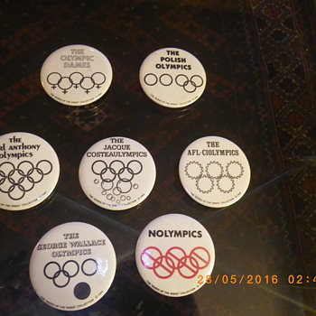 1984 Olympic Political Buttons - Medals Pins and Badges