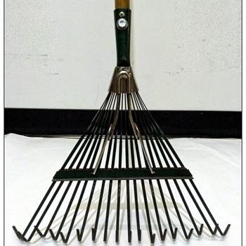 18 Tine Metal Spring Action Leaf Rake Refurbished/ Customized - Tools and Hardware
