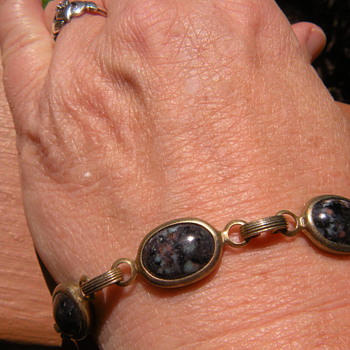 Mom's 1960's vintage scarab bracelet - Fine Jewelry