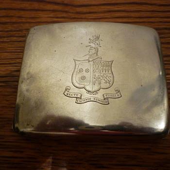 Silver cigarette holder - Silver