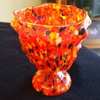 "RUCKL ""Coral Pierrot"" or KRALIK ""End Of The Day""  Knuckle Spatter VASE? - Art Glass"