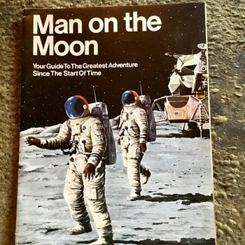 1969 moon landing , daily mirror special, price 3/6. - Paper