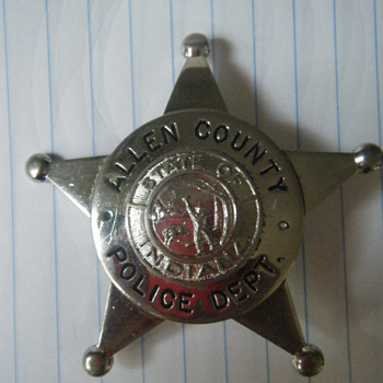 Allen County Police 5 point star ball tipped badge