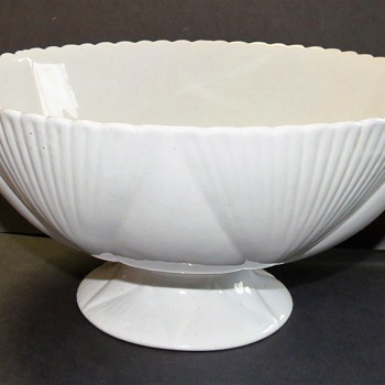 The Foley ( Wileman Foley) Semi-Porcelain Large Footed Bowl rd 330397 - China and Dinnerware