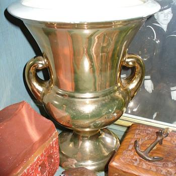 22K Gold Haeger Vase - Pottery
