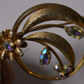 Star Art, Brooch, 20 Century - Costume Jewelry