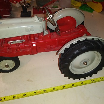 Hubley Farm Set - Toys