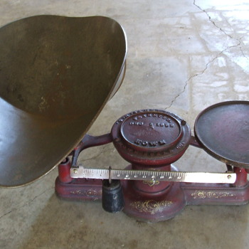 HOWE c1882 Hardware Store Scale