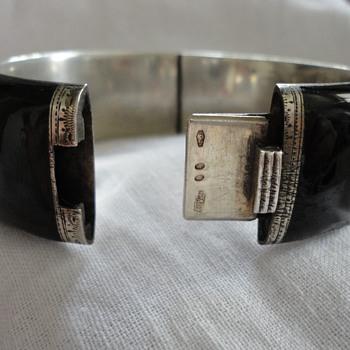 Black enamel and silver bracelet by Georg A Scheid, Austria c. 1890