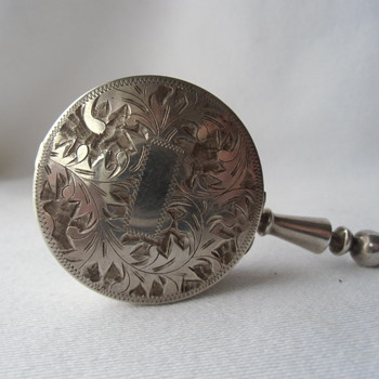 What is this? Antique Pocket size Sterling 950 personal........ - Tobacciana