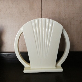 Robinson Ransbottom art deco fan vase - Pottery