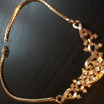 Trafari gold colour necklace