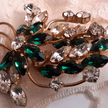 1950s rhinestone brooches - Costume Jewelry