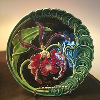 Recently purchased Art Nouveau Majolica plate - Art Nouveau