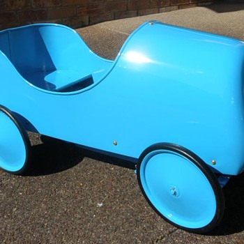 Bugatti Pedal Car?? - Model Cars