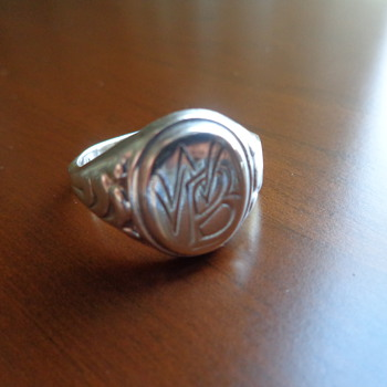 Vintage Signet Sterling Ring – 1950's