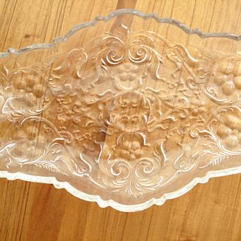 Glass plate - Glassware