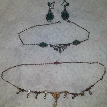 Vintage Jewelry Pieces - Costume Jewelry