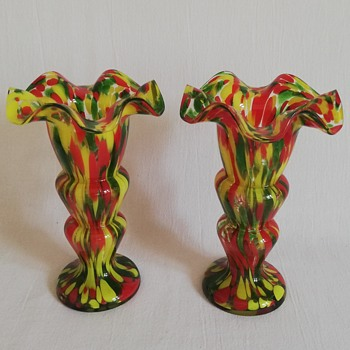 Welz Décor, Red Yellow Green. the green has mica - Art Glass