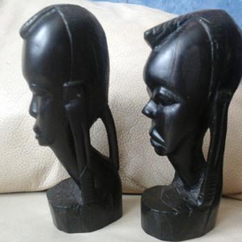 African head carvings - Figurines