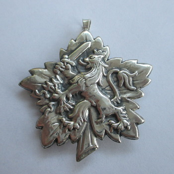 Large silver pendant / brooch with Dutch Lion - Fine Jewelry