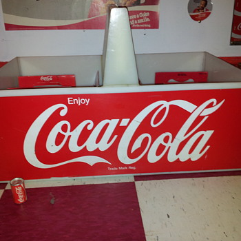 GIANT Coca-Cola Carrier