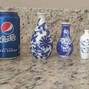 Tiny vase collection - Asian