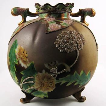 Moriage flower vase - Asian