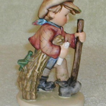 "Hummel Figurine - ""On Secret Path"" - Figurines"