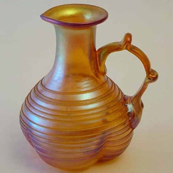 Irididescent Jug Maker Unkown - Art Glass